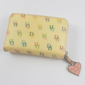 Dooney and bourke vintage classic wallet authentic